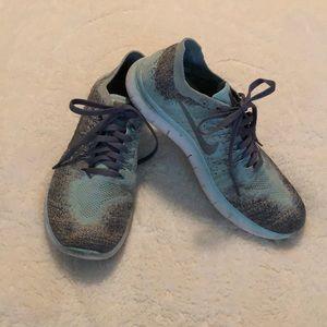 Nike Flyknit Girls Running Shoes